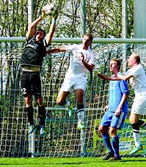 Bezirksliga Baden Baden Lokalsport Respekt Vor Offensive Des Sv Au Nachrichten Der Ortenau