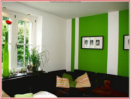 wohnzimmer streichen muster streichen im wohnzimmer muster auf wohnzimmer streichen ideen grün