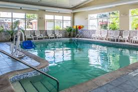 comfort inn u0026 suites hotel in ann arbor mi book today