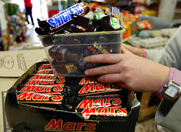 mars and snickers bars recalled from 55 countries after plastic