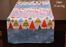 make christmas table runner diy christmas table runner simply darr ling