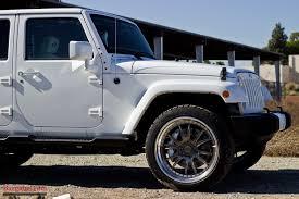 modded white jeep nba point guard chris paul u0027s jeep jku gets modded modbargains com