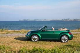volkswagen convertible cabrio image volkswagen 2016 beetle cabriolet green cars side