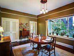 bungalow dining room erehwon retreat bungalow hark back homeaway seminole heights