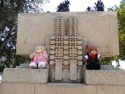 hollyhock house hollyhock house pufflesandhoneyadventures