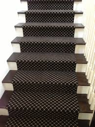 Decorating Staircase by Decorating Stair Runners With Black Rug Motive For Staircase