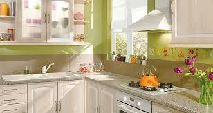 couleur magnolia cuisine cuisine modèle irina assemblee en usine fabriquée en allemagne