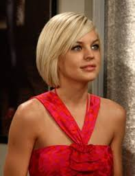 general hairstyles 37 cute medium haircuts to fuel your imagination blonde bobs