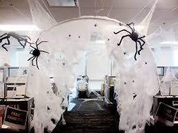 halloween decorating ideas for the office pinterest halloween door
