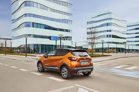 renault captur aims to move in more superior territory drivers