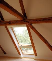 rivestimenti interni in legno guida pratica su come trattare i rivestimenti e il sottotetto in
