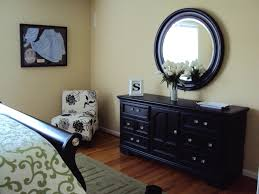 Bedroom Furniture Knoxville Tn by Painted Black Furniture Last Year I Painted Our 80 U0027s Oak Bedroom