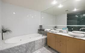 Aria Bathtubs Aria Apartments Gold Coast Australia Booking Com