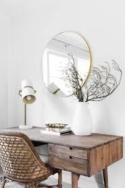 Desk In Living Room by Best 25 Living Room Desk Ideas On Pinterest Study Corner