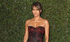 Young Doctors Buck The Trend Halle Berry U0027s Impressive Body And The Secrets Behind It Daily