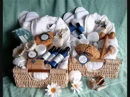bridal shower gift basket ideas wedding shower gifts basket