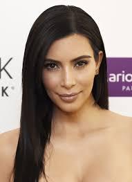 what giorgio armani foundation does kim kardashian wear here u0027s