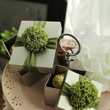 wedding favor boxes wholesale wedding gift boxes wedding favors elegent silver tin box with