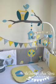chambre b b jaune beautiful chambre bebe verte et jaune images home ideas 2018
