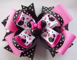 minnie mouse hair bow diy minnie mouse hair bow pink and black miss magical mouse