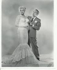 jayne mansfield wedding dress jayne mansfield in wedding dress with gentleman by side 8 x 10
