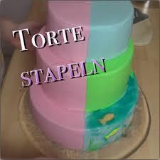3 stã ckige hochzeitstorte selber machen torte stapeln mehrstöckige torte stützen dreistöckige torte