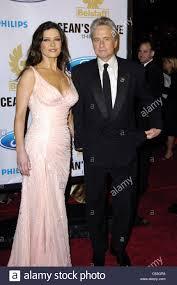 catherine zeta jones and her husband michael douglas at the
