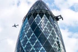london glass building 6 iconic buildings made from glass major projects construction