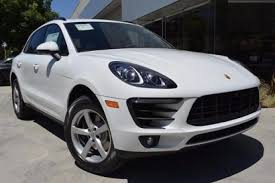 porsche macan base 2017 porsche macan pricing for sale edmunds