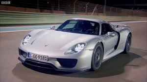porsche hybrid 918 top gear richard hammond drives the porsche 918 spyder video news top speed