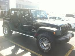 jeep wranglers come stock with 3 different tire sizes depeding on