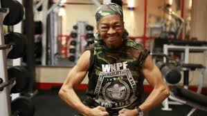 Best Bench Presses Grandma Willie Murphy 77 Can Bench Press With The Best Of U0027em