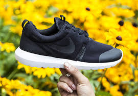 Most Comfortable Nike Shoes For Women Feet Trainers Shoes All Nike Roshes Uk Roshes On Feet Womens Nike