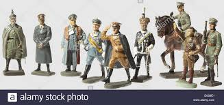a large collection of soldiers primarily original figures