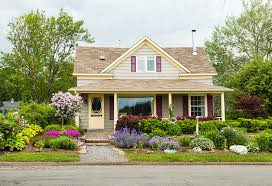 How To Give Your House Curb Appeal - how to improve the curb appeal of your home with fresh exterior