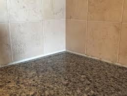 gap between backsplash u0026 granite