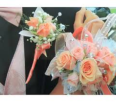 prom flowers let s talk prom delivery moon township pa chris puhlman flowers