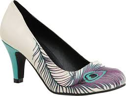 Peacock High Heels 5 Essential Wedding Day Accessories For A Peacock Wedding