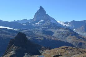 the mesmerizing matterhorn schwingeninswitzerland