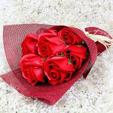roses bouquet roses bouquet at best prices in india archiesonline
