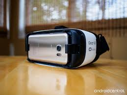 the galaxy s7 and gear vr make virtual reality incredible and