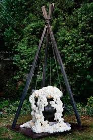 Frugal Outdoor Halloween Decorations by Best 25 Cool Halloween Decorations Ideas On Pinterest Cool