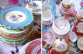mismatched plates wedding mis matched china for vintage weddings