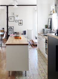 furniture in the kitchen 4 ways and 26 exles to ease the floor transition digsdigs