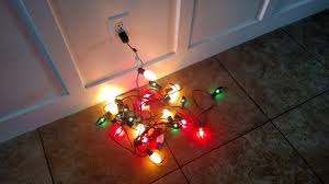 how to fix broken christmas lights how to replace a fuse to fix christmas lights i am hardware