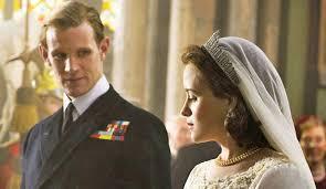 Queen Elizabeth Shooting The Crown Season 2 Queen Elizabeth Ii Actress Claire Foy Teases