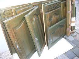 porte de cuisine en bois brut facade cuisine bois brut lot de huit portes delements de cuisine en