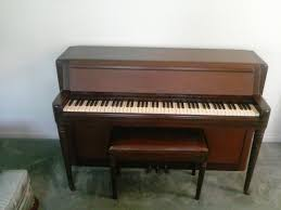 How Tall Is A Piano Bench Wurlitzer Piano Worth My Piano Friends