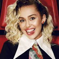 natural color of yolanda fosters hair miley cyrus is bringing her natural hair color back featureb