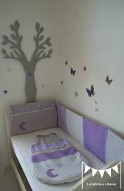 chambre mauve et gris gigoteuse turbulette tour de lit gris argenté parme mauve